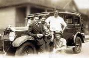 1920s 4_guys_car