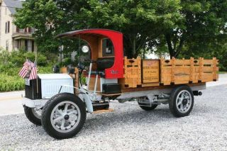 1920s delivery truck