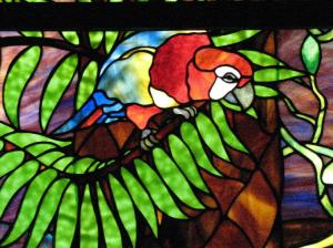 stainge glass_parrot