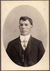 Victorian Man Collar