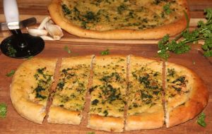 garlic-flat-bread Chitra