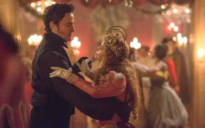 jenna-coleman-and-rufus-sewell-as-queen-victoria-and-lord-melbourne