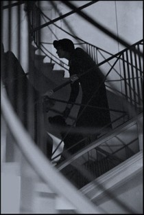 1958-coco-chanel-staircase