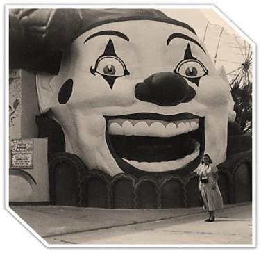 Pontchartrain beach Clown full face.png