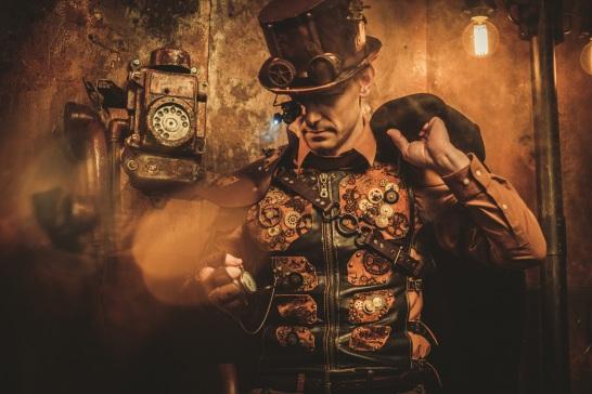 Small Cornelis steampunk man dreamstime_xxl_87472463