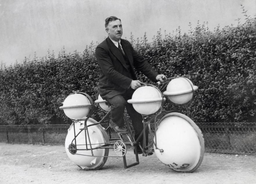 Amphibious bike 'Cyclomer', Paris, 1932