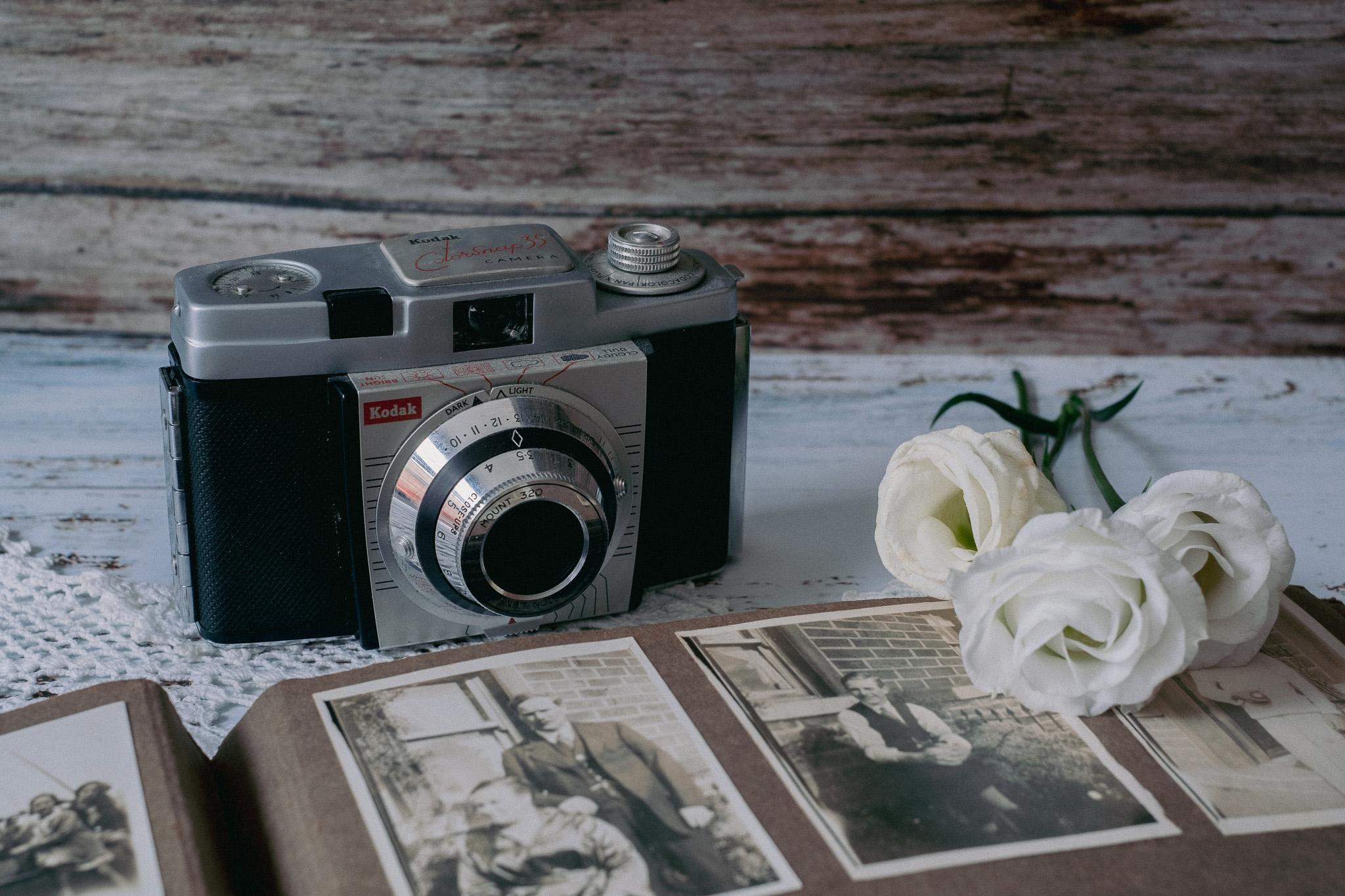 Kodak ColorSnap-35 1959, by Cj Hyslop