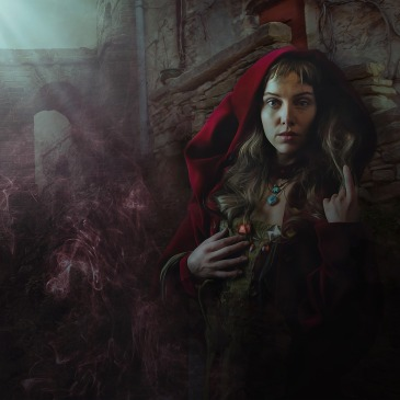 Girl hood red ruins fantasy Enrique Meseguer Pixabay